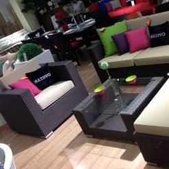 Комплект MAZUVO для балкона - кресло и стол  ElanJB