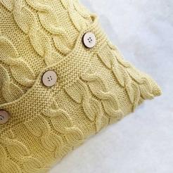 Подушка вязаная декоративная, нежно-желтый