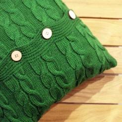 Подушка декоративная вязаная, зеленый-косы